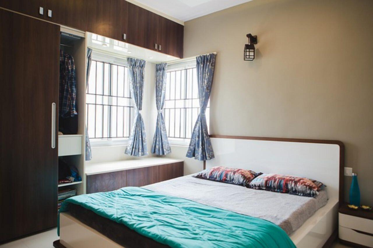 Komfortowo urządzona sypialnia