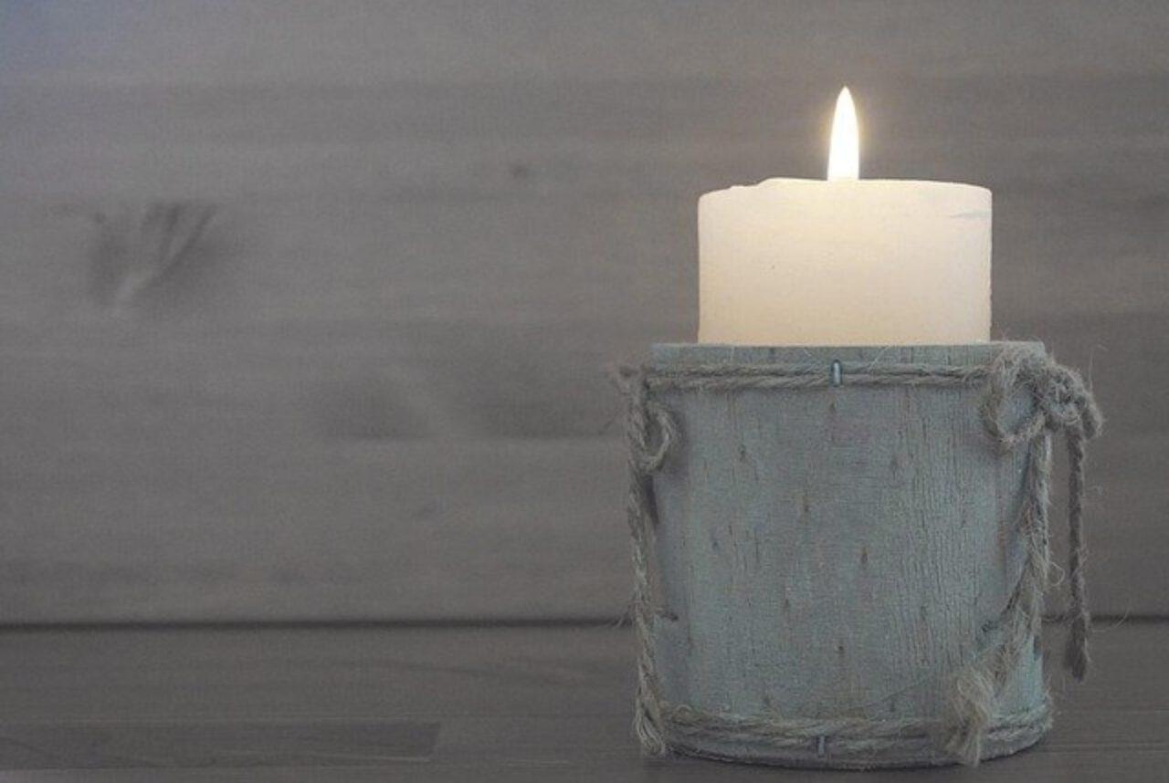 Świeczki zapachowe – dla kogo na prezent i jak wybrać?